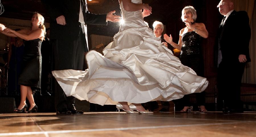 The Toledo Club Toledo OH wedding photograph