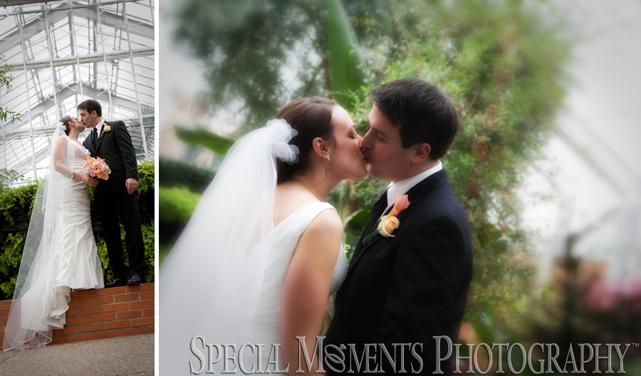 Matthaei Botanical Gardens Ann Arbor MI wedding photograph