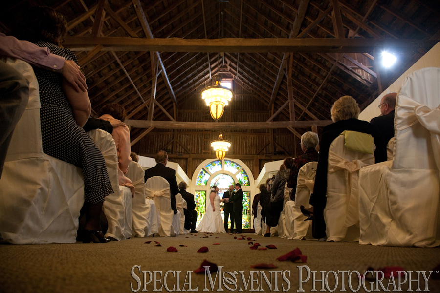 Kings Court Castle Lake Orion MI wedding