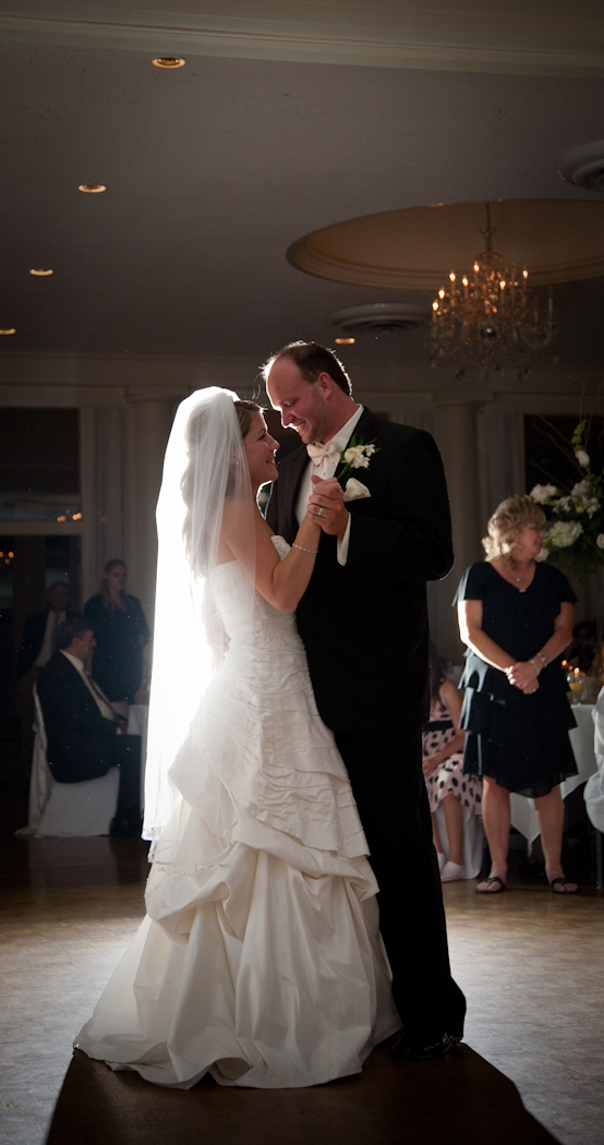 Sweetest Heart of Mary Detroit wedding photograph