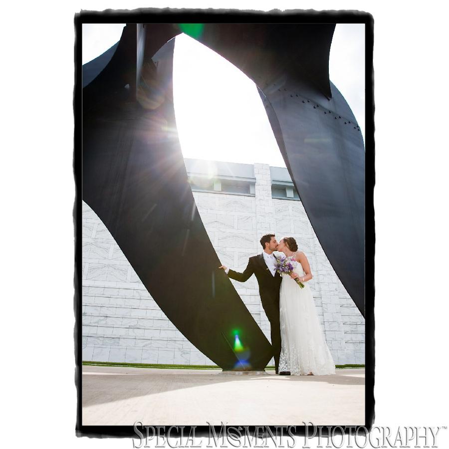 Downtown Detroit MI wedding photography