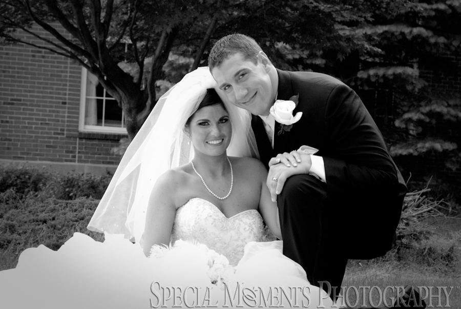 Kensington Court Ann Arbor wedding photograph