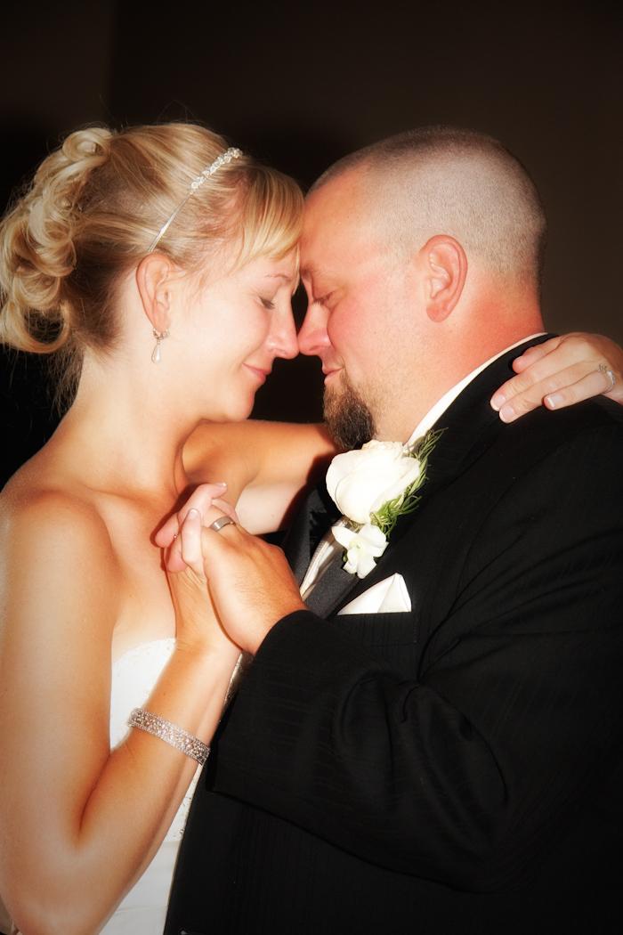 Greenmead Church Livonia wedding photograph