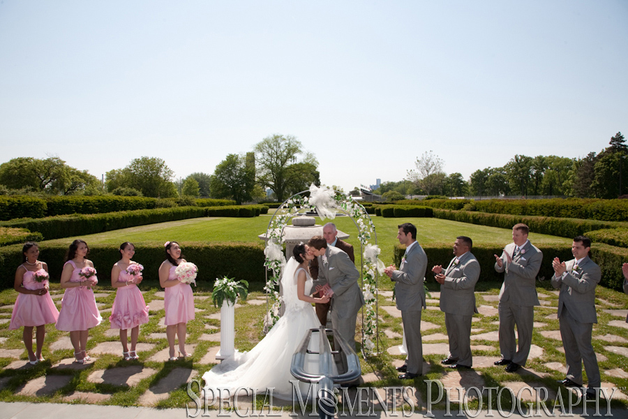Belle Isle Conservatory wedding photograph Detroit MI