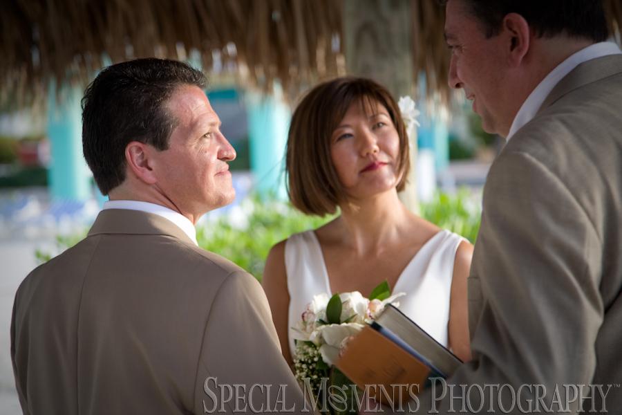 Marriott Key Largo Bay Resort FL wedding photograph