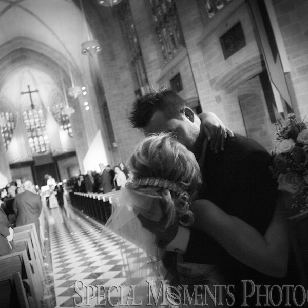 Lauren & Josh's wedding photographs: Blessed Sacrament Cathedral Detroit wedding & Detroit Yacht Club Wedding Reception on Belle Isle