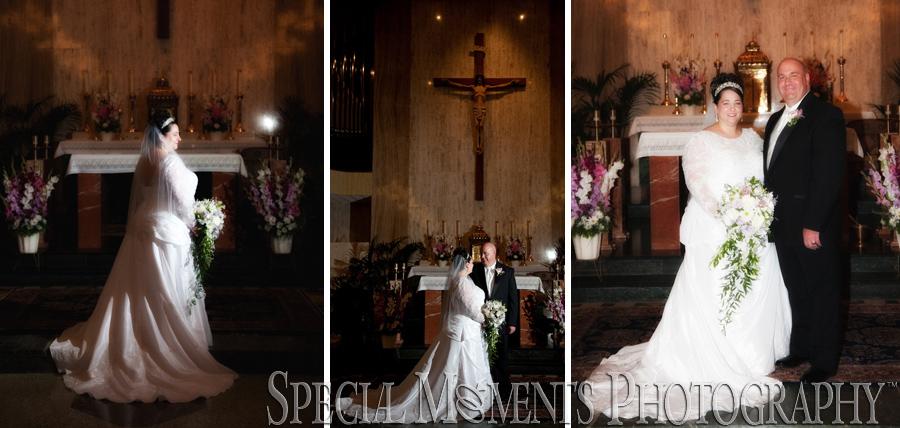 Divine Child Dearborn MI wedding photograph