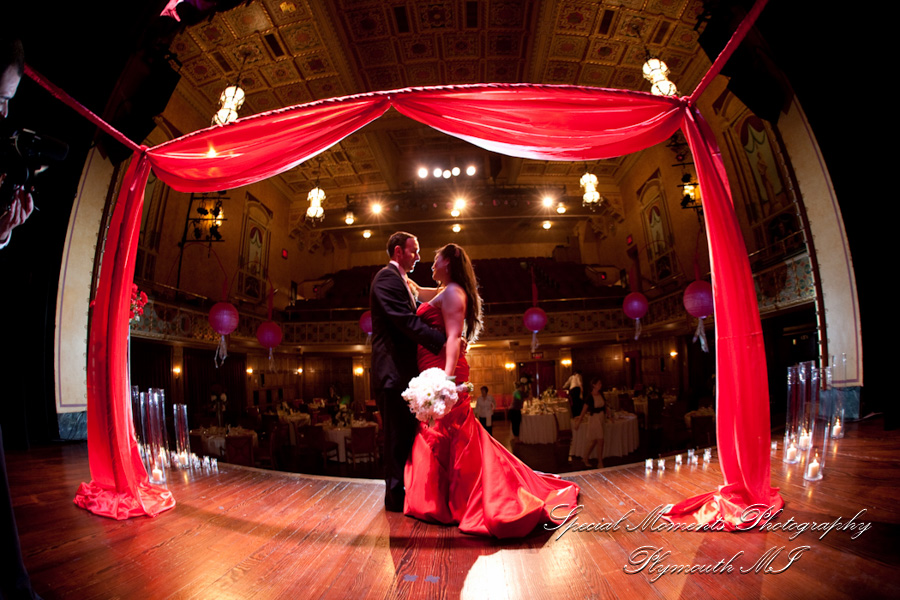 Gem Century Theater Detroit MI wedding photograph