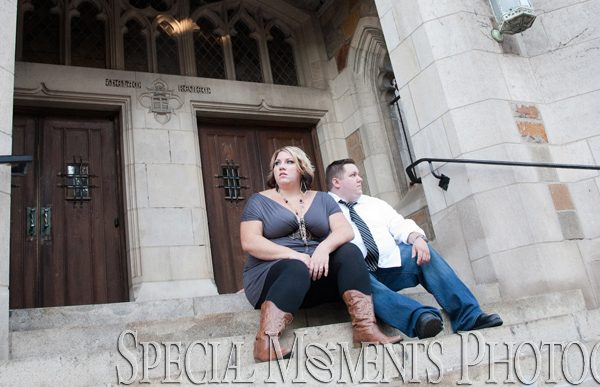Heather & Dustin's Ann Arbor Engagement Photography