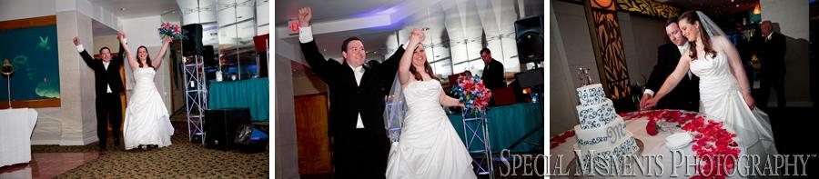 Arnaldo's Riverview MI wedding reception