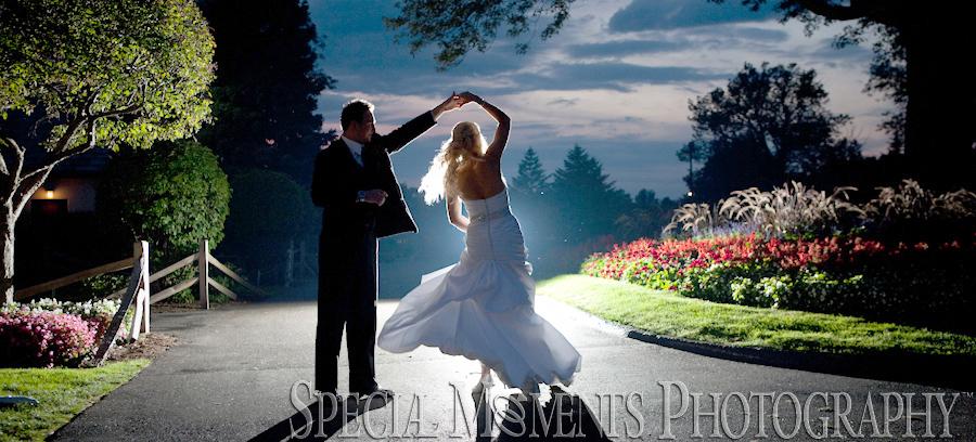 Dearborn Country Club Dearborn MI wedding photograph