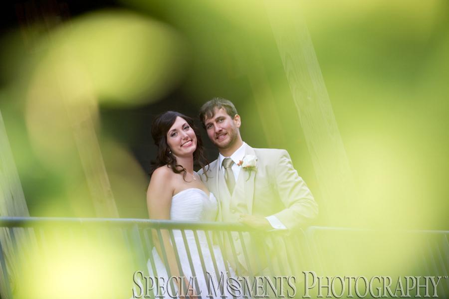 Lafayette Grande Banquet Facility Pontiac MI wedding photograph