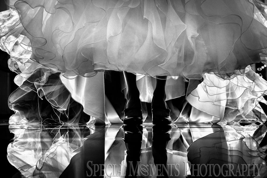 Bay Pointe Golf Club West Bloomfield MI wedding photograph