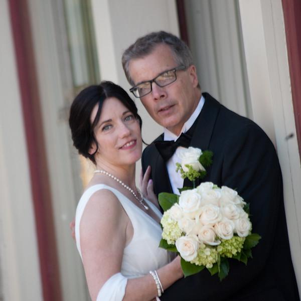 Sarah & Chris: Stone Arch Saline MI Wedding & Reception