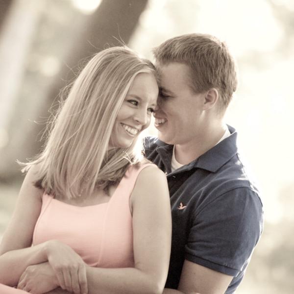 Samantha & Timothy: Downtown Royal Oak Engagement Photos