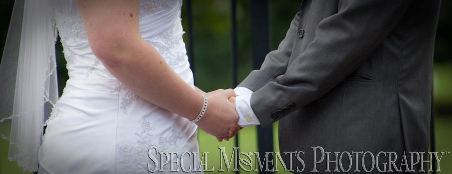 Dunham Hills Golf Club Hartland MI wedding photograph