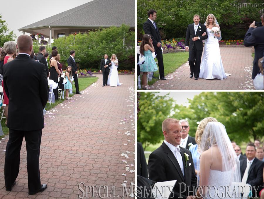 Julie & Steve: Eagle Eye Golf Lansing MI Wedding | Special Moments ...