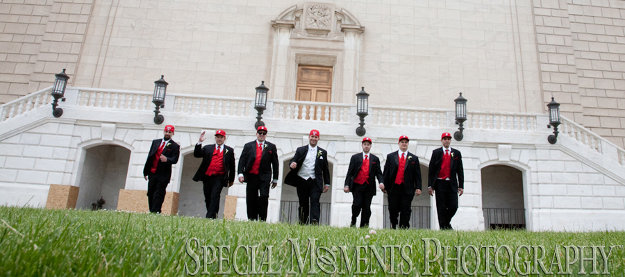 Detroit Institute of Arts Detroit MI wedding photograph
