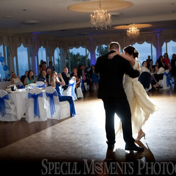 Maria & Alexander: St. Mary's Ukrainian Southfield Wedding & Grosse Pointe War Memorial Wedding Photos