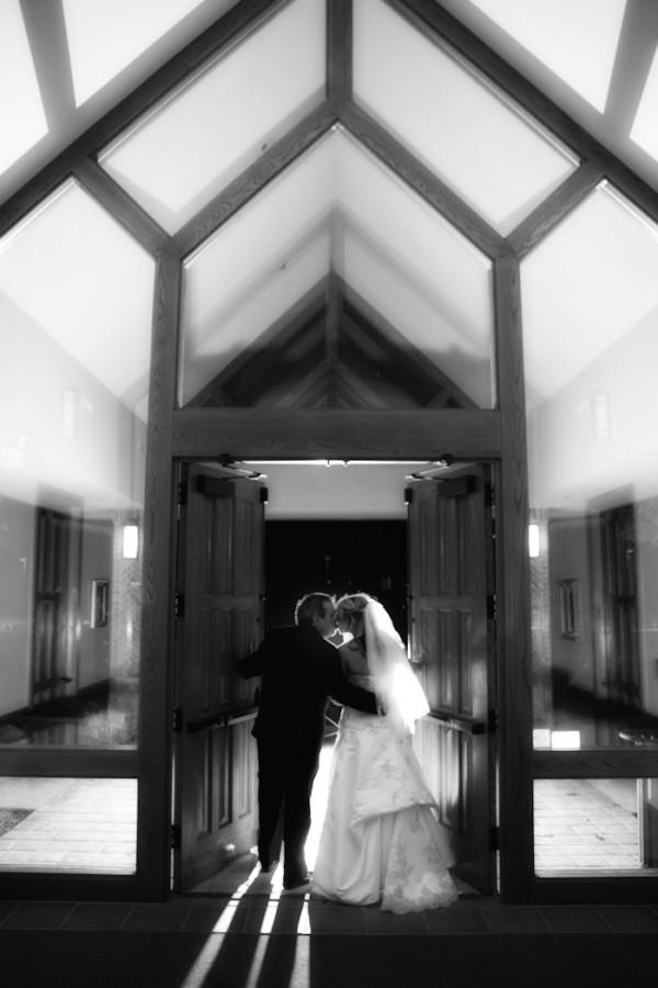 Oak Arbor Church Rochester MI wedding photograph