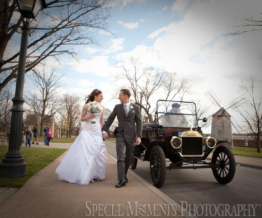 Greenfield Village Dearborn MI wedding photograph