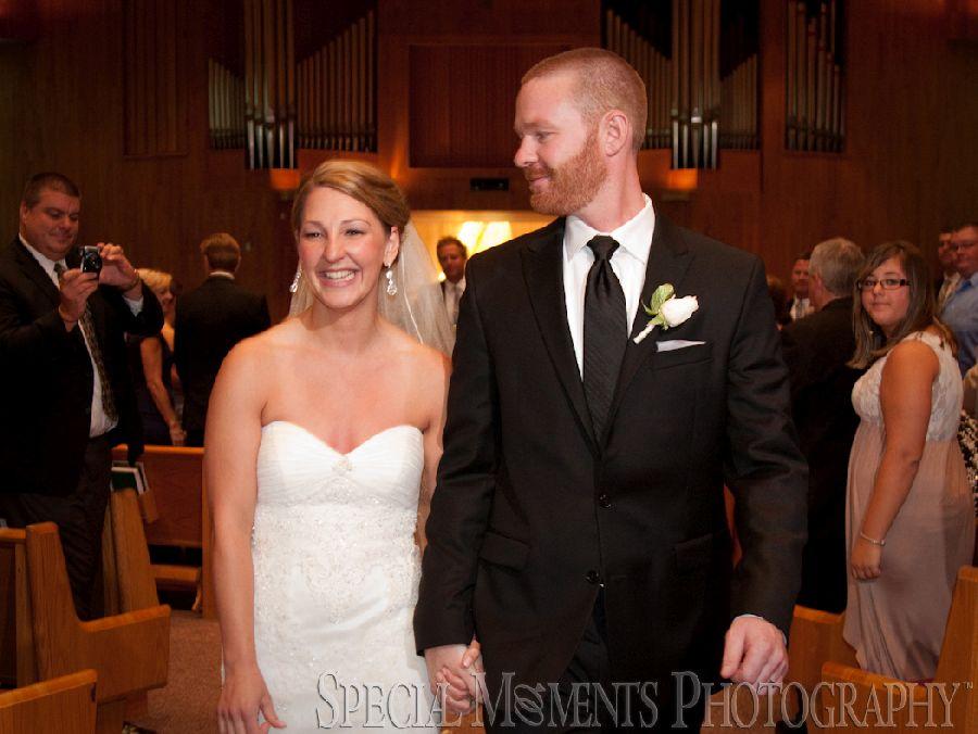 St. Aidan Livonia MI wedding photograph