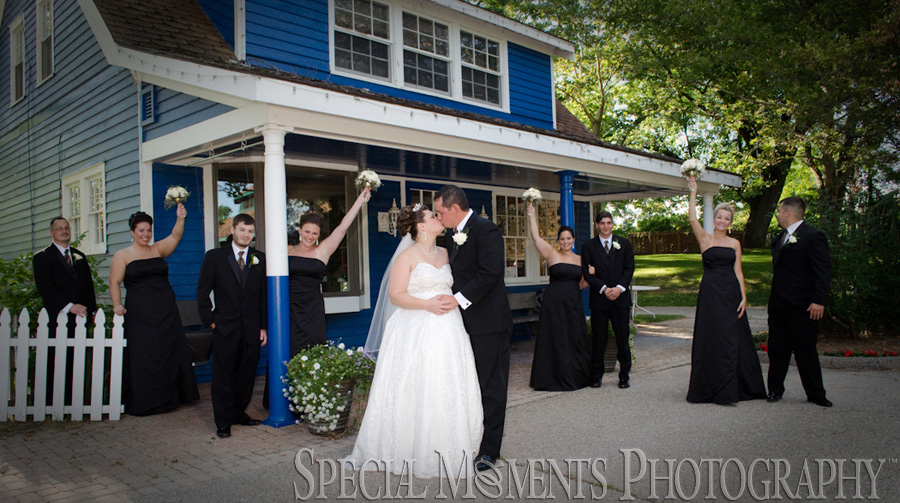 Kings Court Castle Lake Orion wedding photography