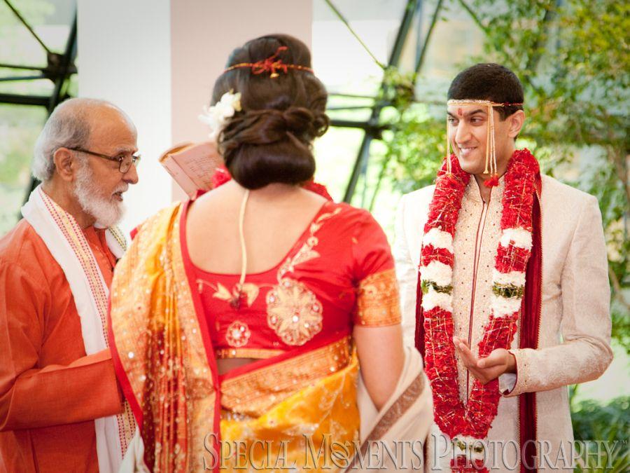 Westin Atrium Southfield MI Hindu wedding photograph