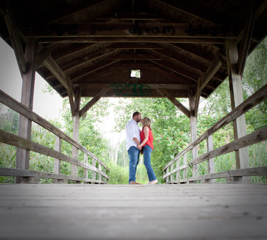 Long Park Commerce Township MI wedding photograph