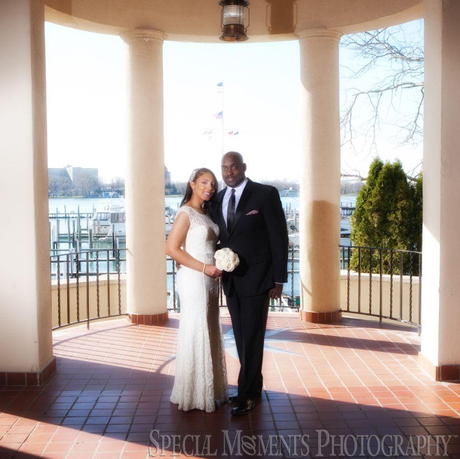 Detroit Yacht Club - Detroit/Belle Isle MI wedding photography