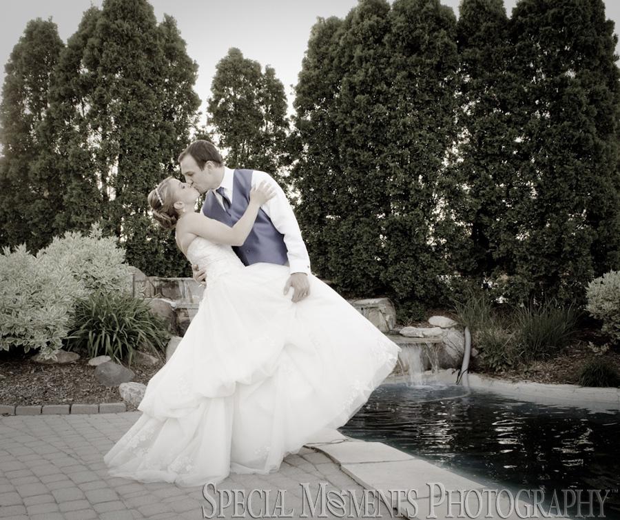 Oak Arbor Reception: Katherine & Justin's Wedding At Shelby Gardens Shelby Twp