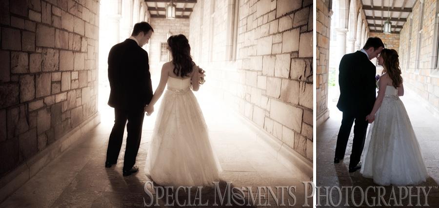 Plymouth Manor Plymouth MI wedding photograph