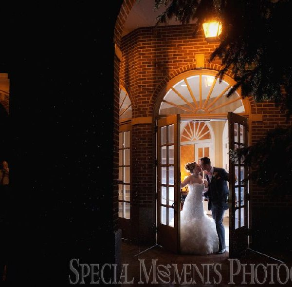Sarah & Eric's Spring Wedding at the Dearborn Inn