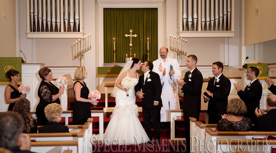 Franklin Community Church Franklin MI wedding photograph