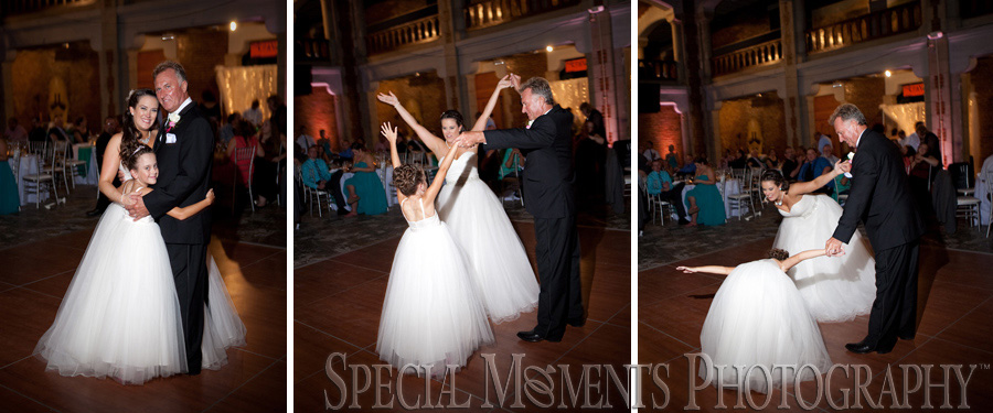Toledo Zoo Toledo OH wedding photograph