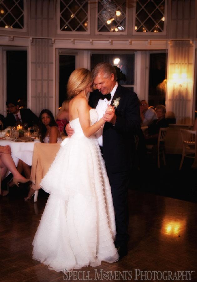 Toledo Country Club Toledo OH wedding photograph