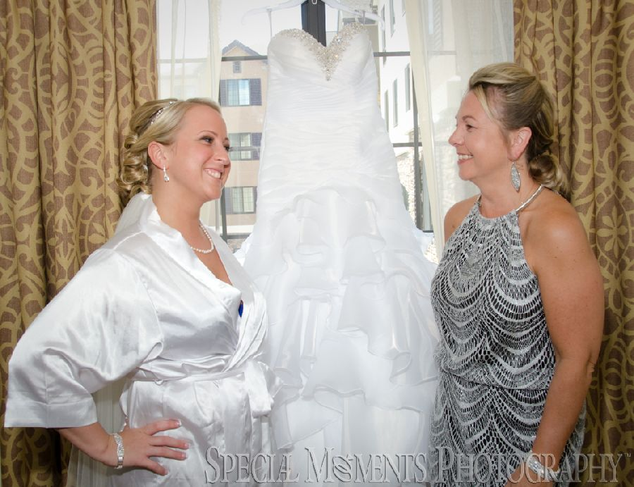 Warren Valley Golf Club Dearborn Heights MI wedding photograph