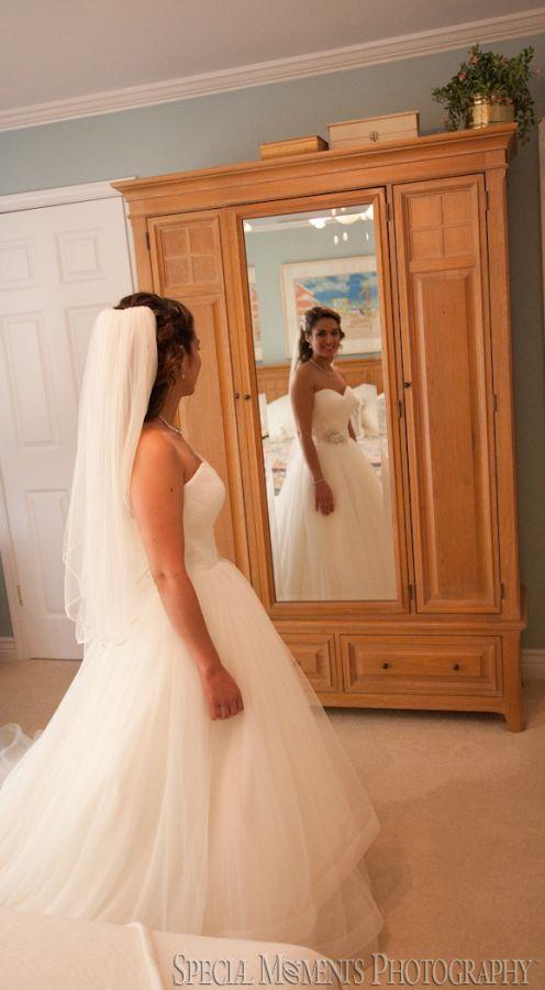 Home Getting Ready Clinton Twp. MI wedding photograph