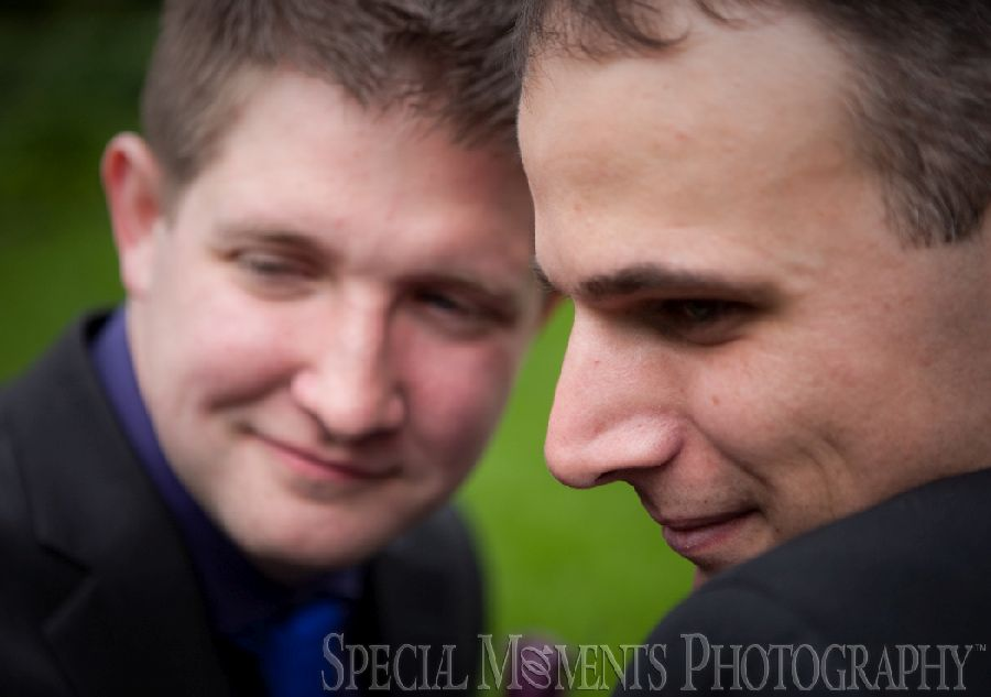 Toledo Zoo Toledo OH LGBT wedding photograph