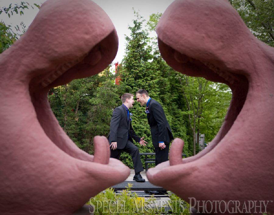 Toledo Zoo Toledo OH LGBT wedding photograph