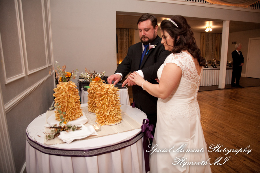 Meeting House Grand Ballroom Plymouth MI wedding photograph
