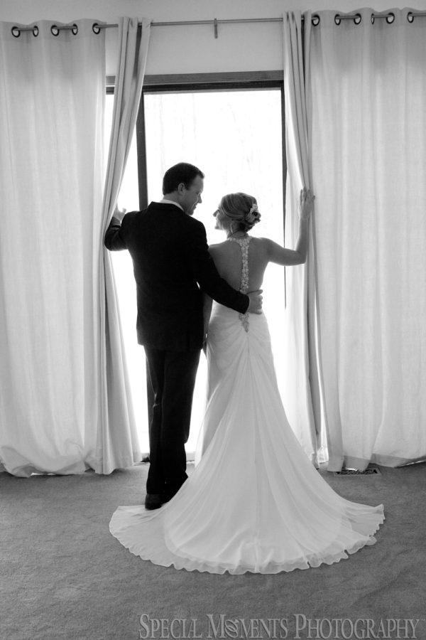 Home Getting Ready Farmington Hills MI wedding photograph