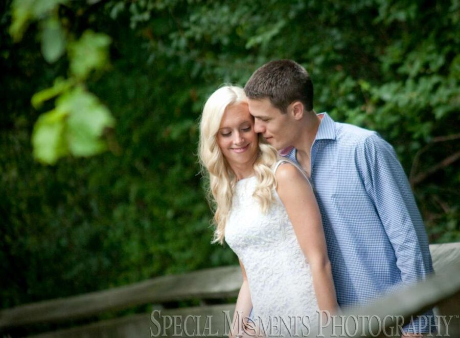 Meininger Park Royal Oak MI wedding photograph