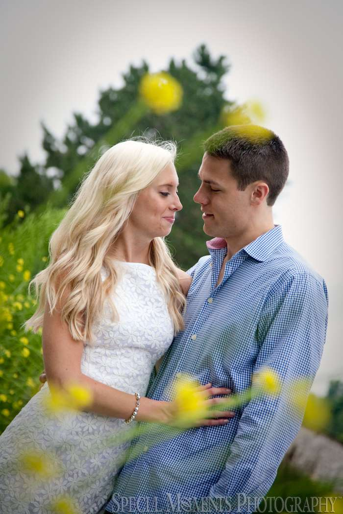 Meininger Park Royal Oak MI wedding photograph