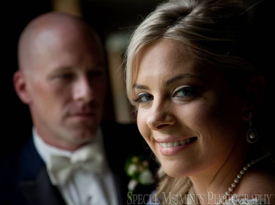 Newburg United Methodist Livonia MI wedding photograph