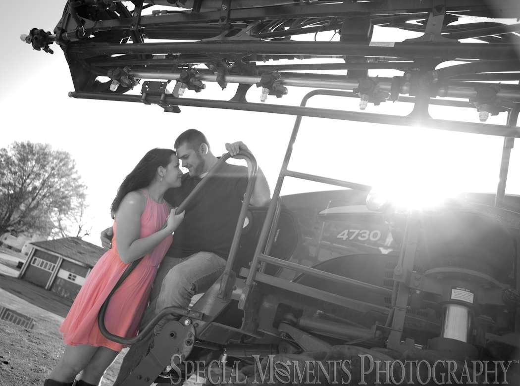 farm engagement Photos MI photography