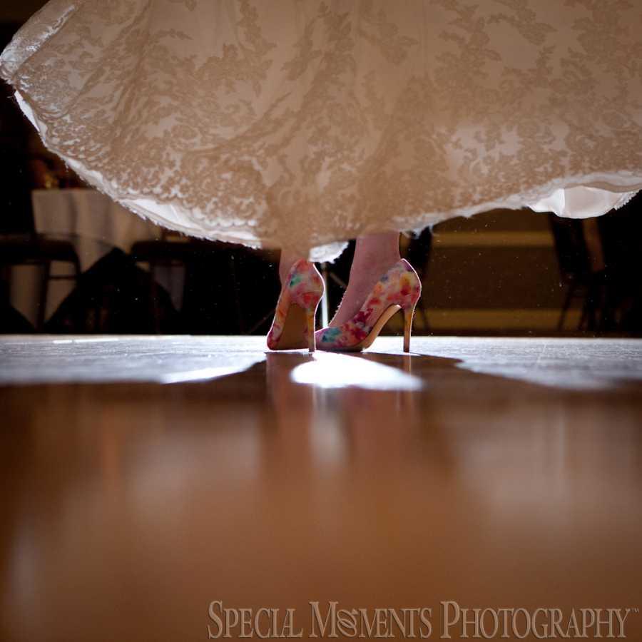 Livonia Marriott Livonia MI wedding photograph