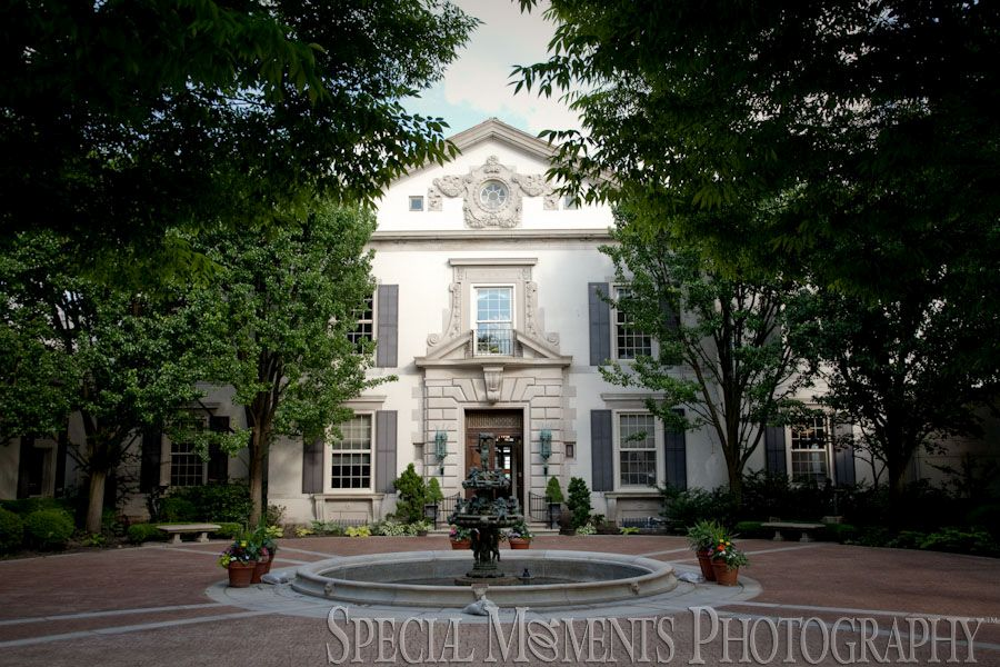 Call Us Today 1 734 453 4321grosse Pointe War Memorial Weddingsby Special Moments Photography Plymouth Mi