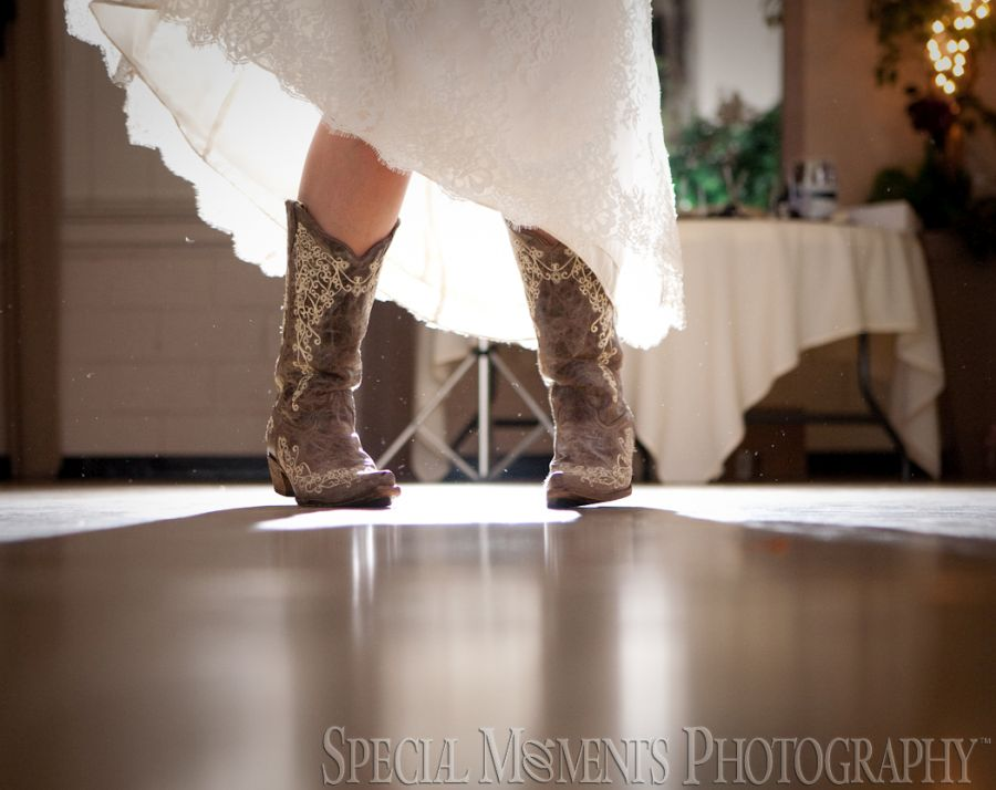 Old Mill Museum Dundee MI wedding photography