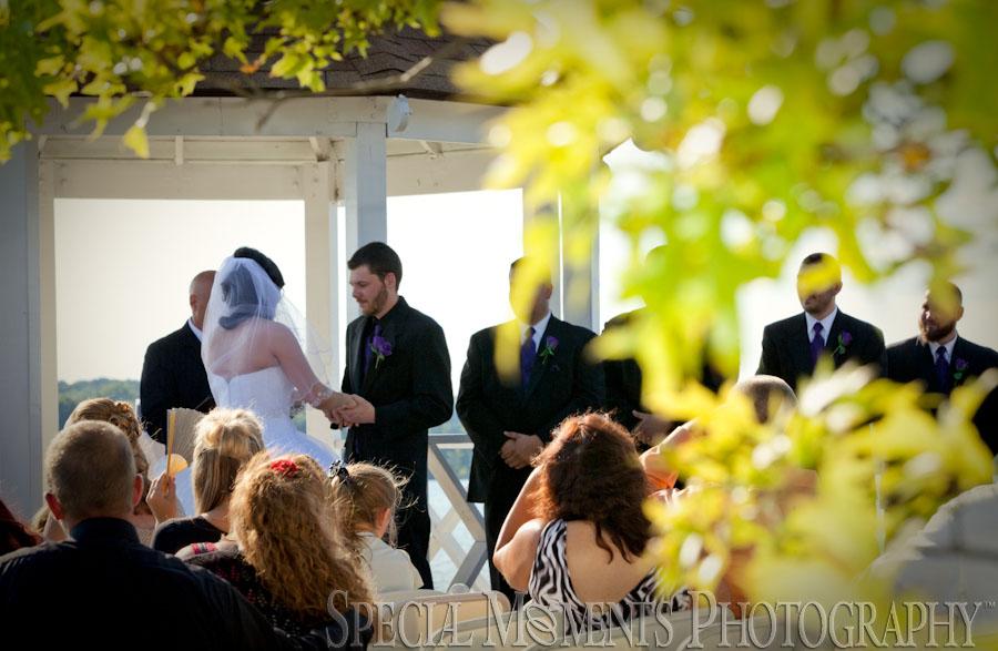 Stony Creek Metropark Shelby Twp MI wedding photograph
